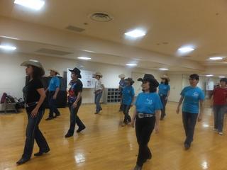 ナツコグレース講師の楽しいカントリーダンス.jpg